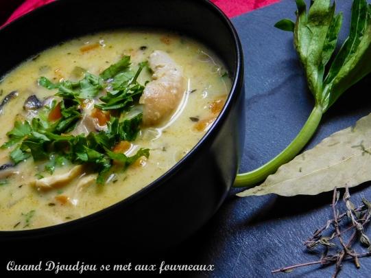 Soupe poulet champignons