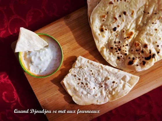 Pain Chapati et sauce Raïta