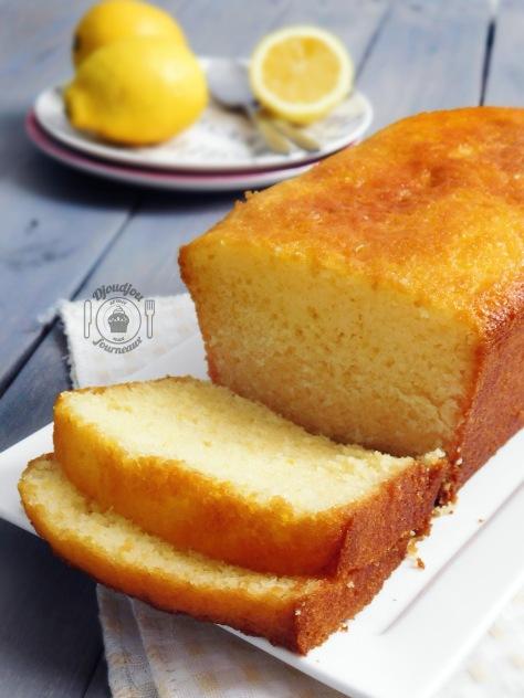 cake au citron recette de pierre herm djoudjou se met aux fourneaux. Black Bedroom Furniture Sets. Home Design Ideas